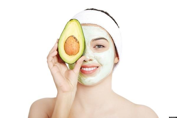 Cara membuat masker alpukat untuk wajah cantik