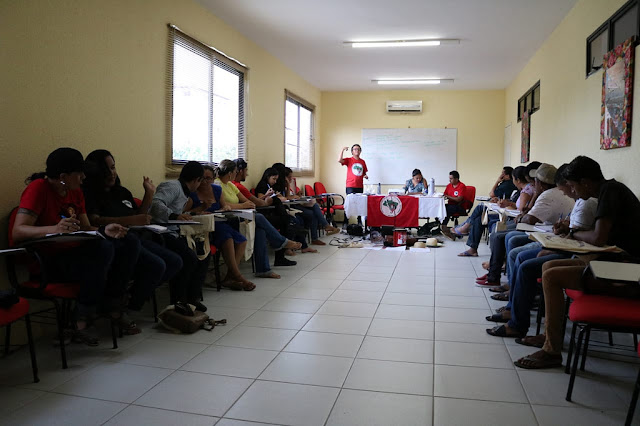 Comunicadores e comunicadoras realizam 2º Encontro das Rádios Livres do MST no Ceará