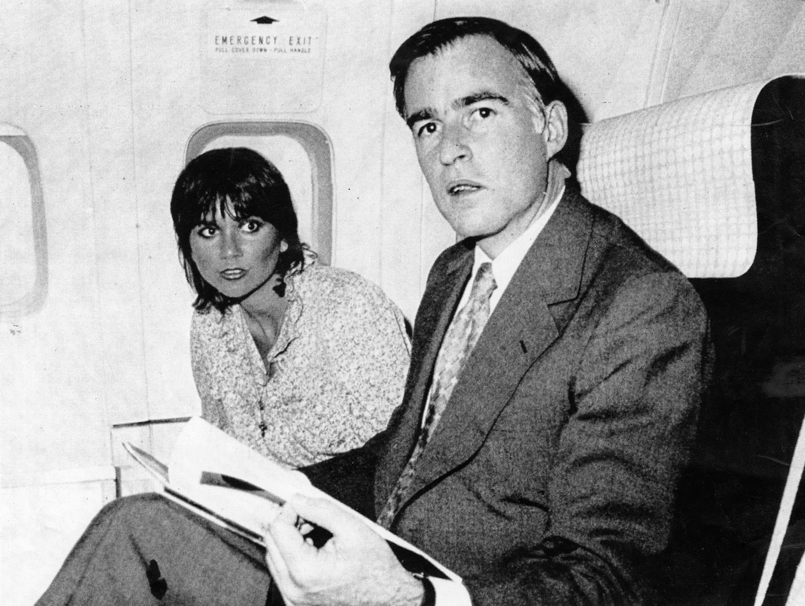 jerry brown and linda ronstadt relationship