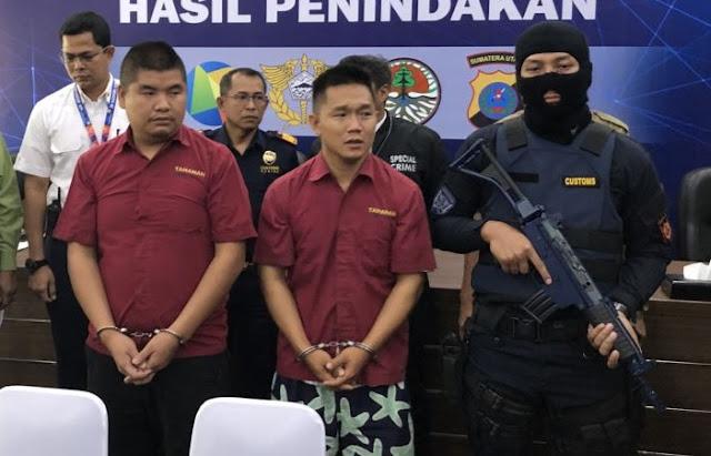 Seludupkan Sisik Trenggiling, 2 WNA China Ditangkap Di Bandara
