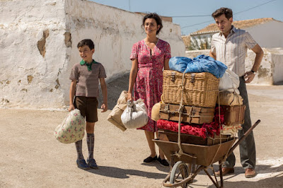 "Photo: Asier Flores, Penélope Cruz, and Raúl Arévalo play the Mallo family star in the movie ""Pain and Glory."""
