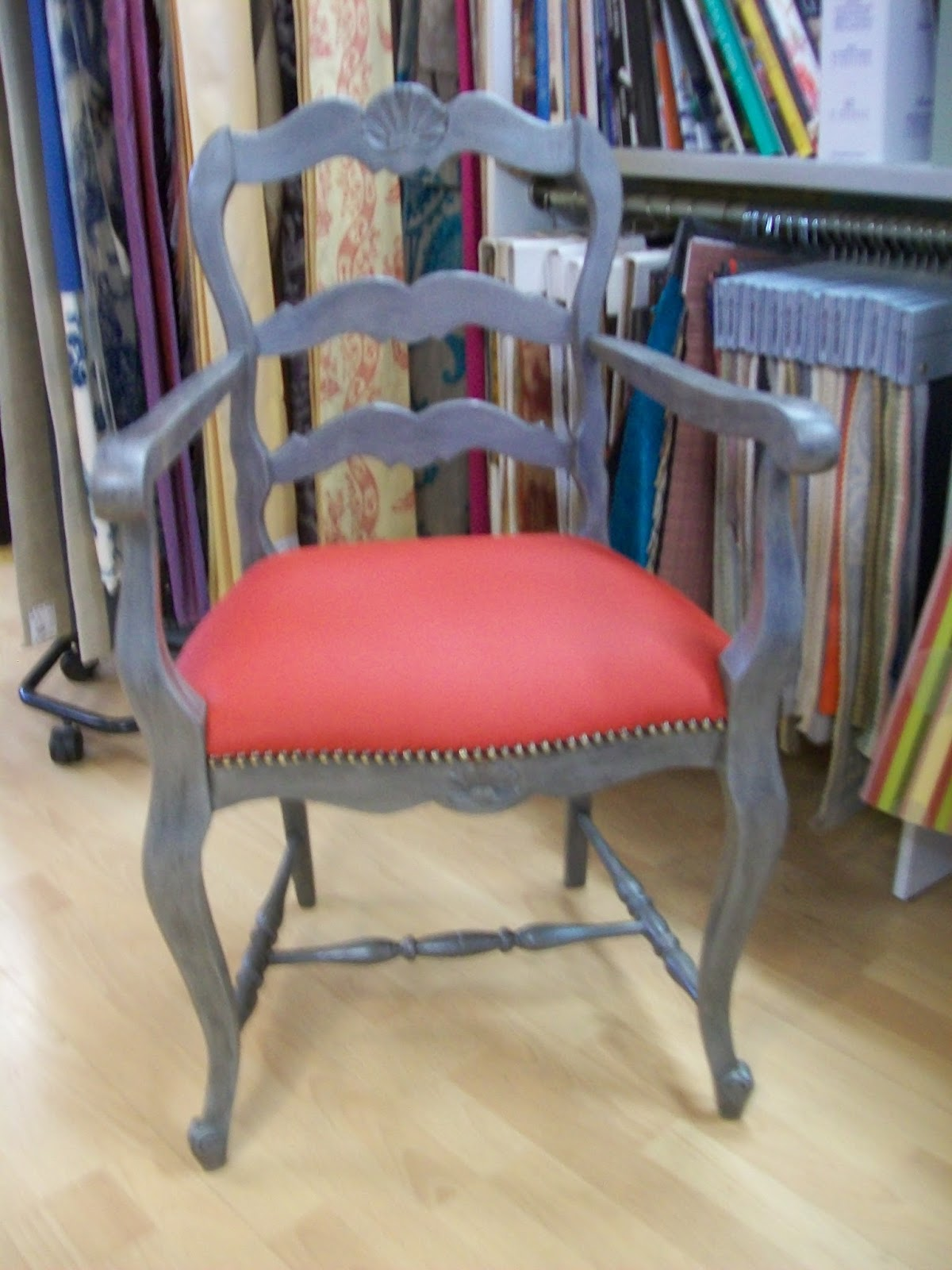 l 39 fauteuil rustique. Black Bedroom Furniture Sets. Home Design Ideas