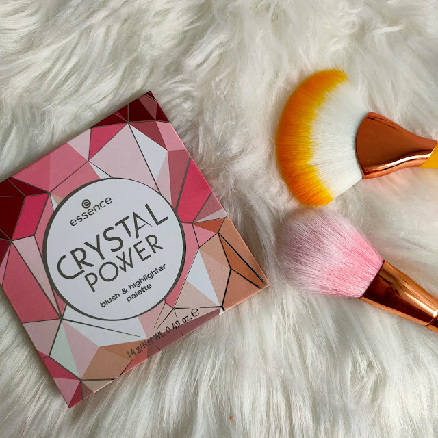 Paleta Crystal Power de Essence 2
