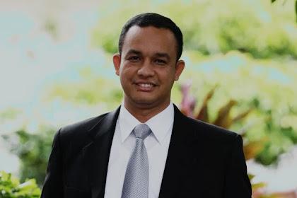 Gubernur Anies Kenakan Pakaian Adat Jakarta Saat Hadiri HJB ke-537