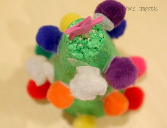 Toddler Fine Motor Skills Christmas Activity
