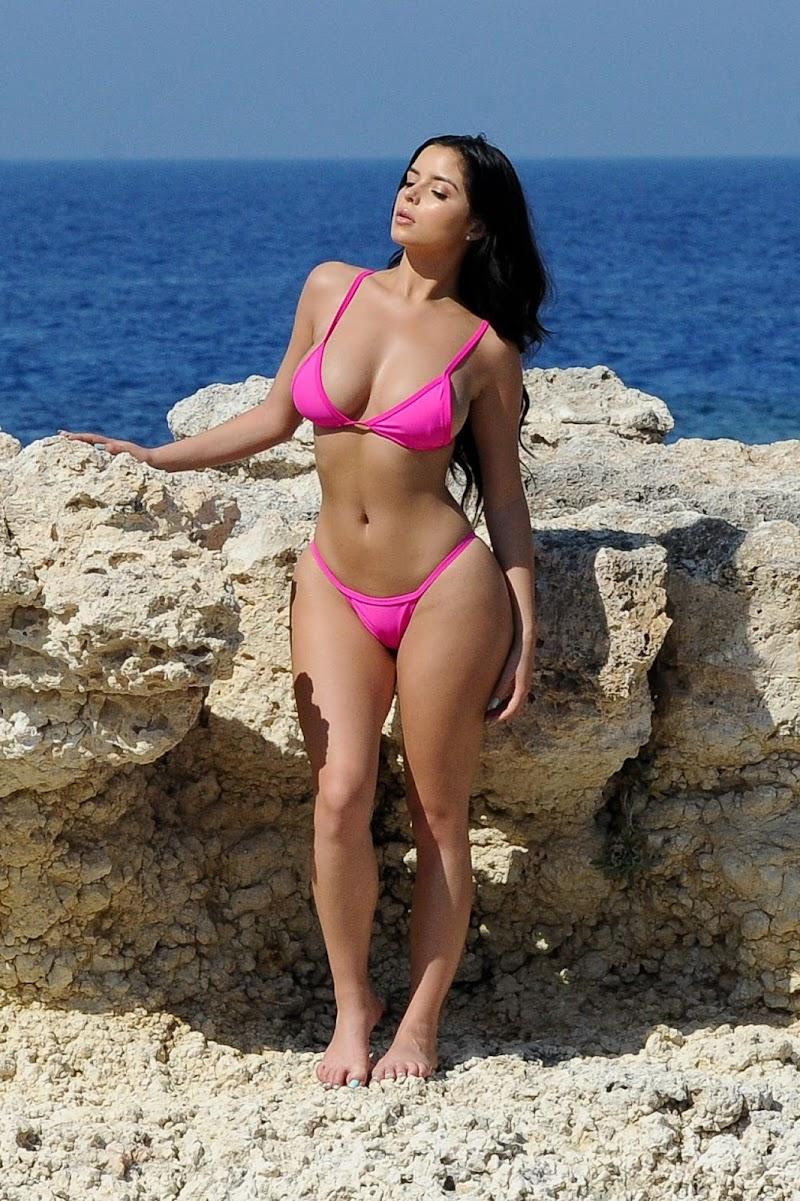 Demi Rose Clicked For A Bikini Photoshoot – Santorini- Greece June 2017