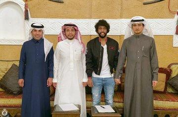 رسميآ النصر يضم لاعب الشباب عبد المجيد الصليهم لثلاث  سنوات