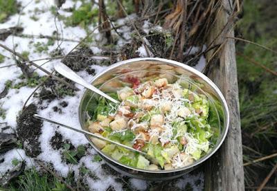 Caesar Salad mit Topinambur