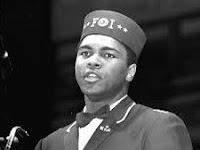 """Belajar Dari Sang Juara """"Muhammad Ali"""""""