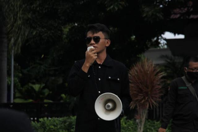 BEM KM UNY: Pemerintah Bereaksi Cepat Kerahkan Buzzer