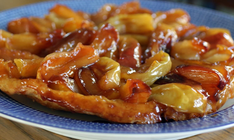 Cast Iron Tarte Tatin with easy food processor flaky crust ...