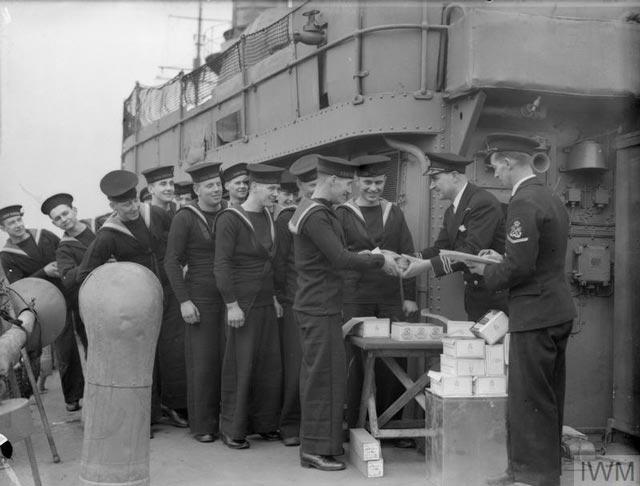 HMS Wallace, 19 March 1942 worldwartwo.filminspector.com