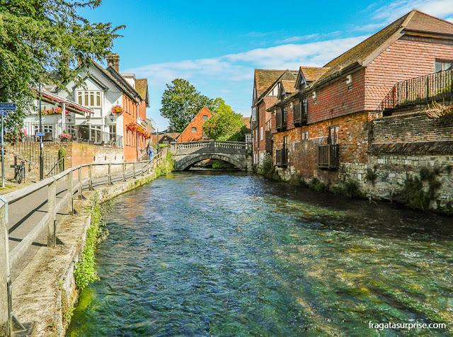 River Walk, passeio às margens do Rio Itchen, Winchester, Inglaterra