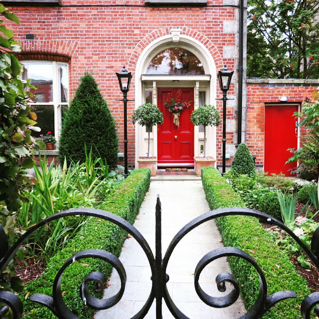 One Day in Dublin City: Red Georgian Door in Ballsbridge