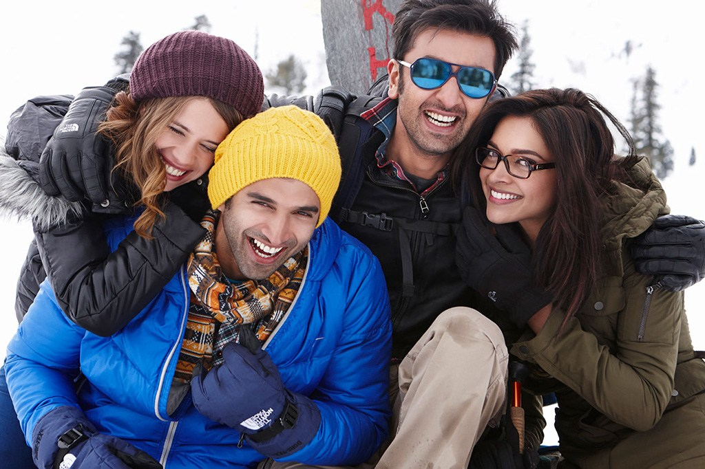 completing-seven-years-of-yeh-jawani-hai-deewani-deepika-shared-a-romantic-picture-with-ranbir