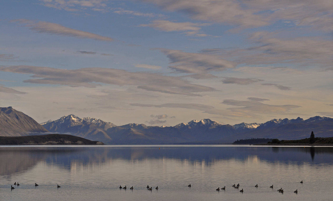 lake tekapo - 15 most beautiful places on earth