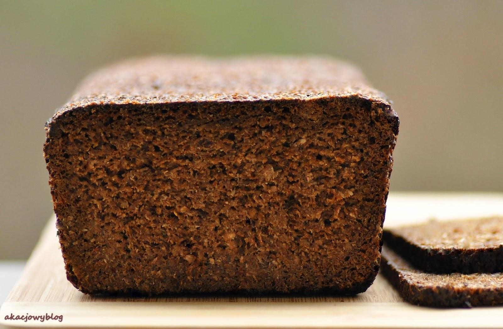 Chleb litewski - na zakwasie, żytni, razowy z kminkiem.