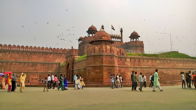 places to visit in Delhi, best places to visit in Delhi, tourist places in Delhi, Delhi places to visit, Delhi, top 10 places to visit in Delhi, things to do in Delhi, Delhi tourist places, the best place to visit in Delhi, sightseeing places in Delhi, Delhi tourism, must do in Delhi, top 10 places in Delhi