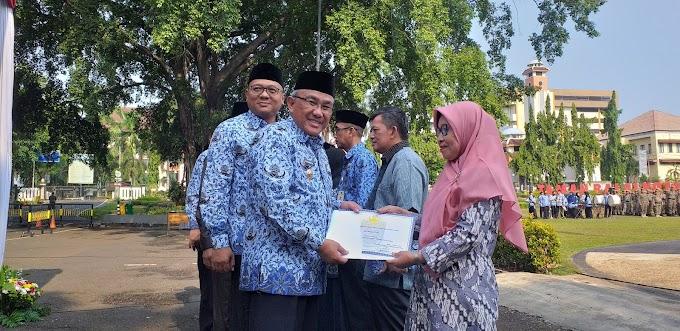 302 ASN Depok Terima Penghargaan Satyalancana Karya Satya