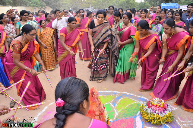 Swetha Mohanty IAS Officer dancing in Bathukamma Festival