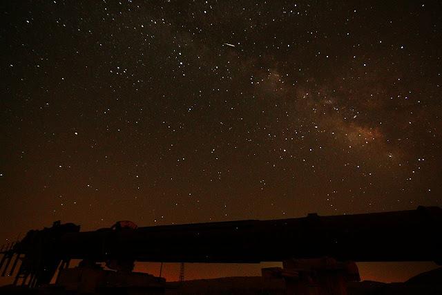 מטאור קטן בשמי הלילה