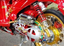 Aksesoris Modifikasi Motor Vario