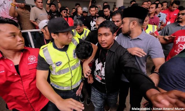 Mahathir Bodohkan Penyokong #Nothing2Hide Jadi #Nothing2Say