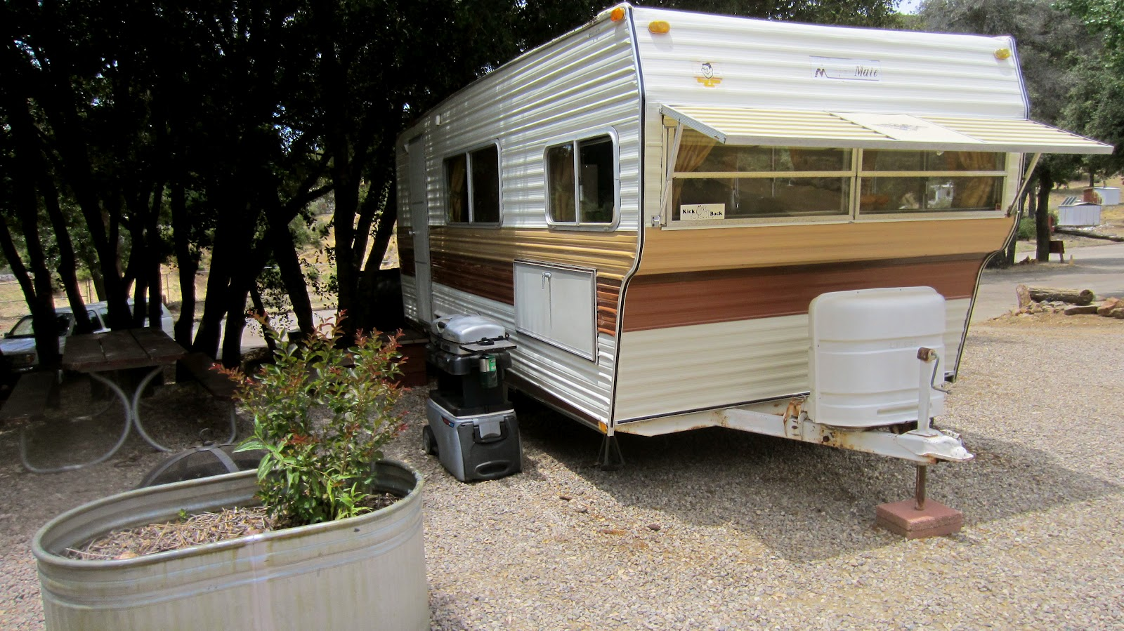 Vintage Trailer Resort >> Pinecrest Retreat