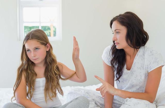 5 Ilustrasi Salah Cara Mendidik Orang Tua Kepada Anaknya!