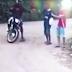 Vídeo: Câmera flagra homem assaltando duas pessoas no bairro Caseb, em Serrinha