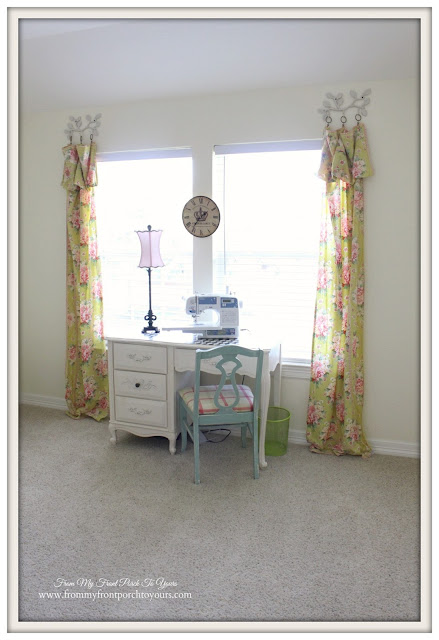 Shabby Chich-Sewing & Craft Room- From My Front Porch To Yours