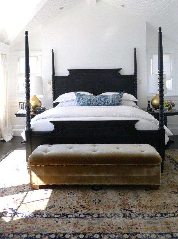 Black four poster beds and a 40 diy and tutorial for Modern country bedroom decor