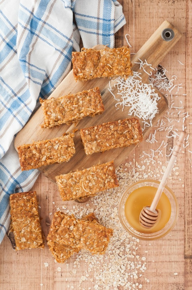 make your own granola bars from scratch