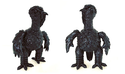 HUÈXÖLOTL Obsidian Black First Edition Vinyl Figure by Chauskoskis