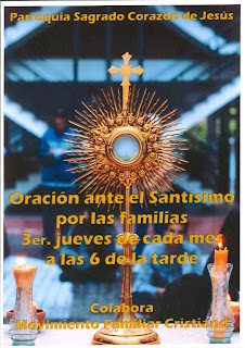 21-XI-19, Adoración ante el Santísimo por las familias