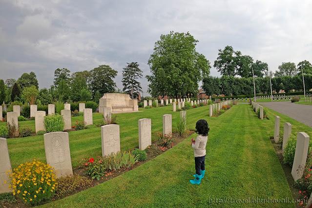 Graves of Indian Soldiers of First World War in Belgium - Namur Belgrade Cemetery