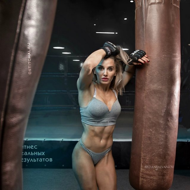 Alexandra Albu is a Russian fighter of Moldovan origin. She called as one of the most beautiful MMA fighters.