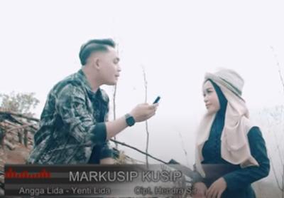 Lirik Lagu Tapsel Mandailing Angga Lida Feat Yenti Lida - Markusip-Kusip