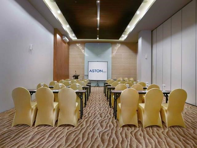 Senggigi Ballroom Aston Inn Mataram