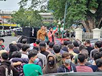 Ratusan Peserta Koalisi Aktivis Mahasiswa Indonesia (KAMI) Wilayah Sumut Gelar Deklarasi di Tugu Titik Nol