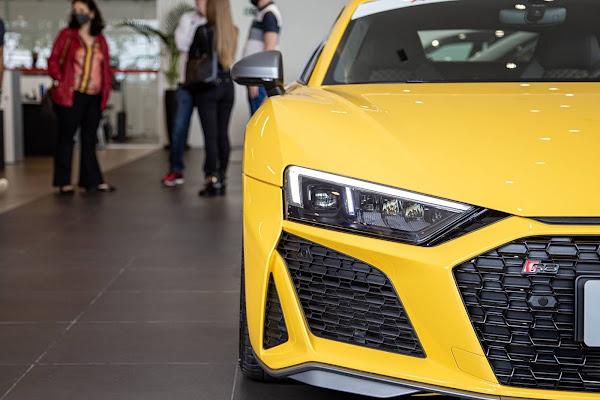 Audi R8 começa a ser entregue aos proprietários no Brasil
