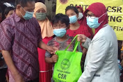 PT Smelting Bagi Sembako di Komunitas Anak Jalanan Terminal Gub Suryo