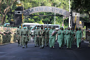 Prajurit Kostrad Sambut Calon Panglima Kostrad Baru Mayjen TNI Dudung Abdurachman