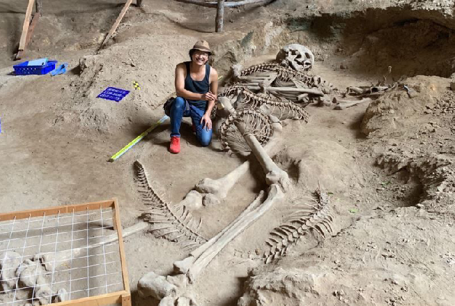 Giant Human Skeleton Found In Thailand? Skel