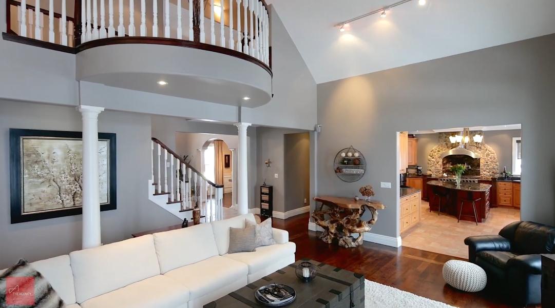 23 Interior Design Photos vs. 342 Mountsberg Rd, Hamilton, ON Home Tour