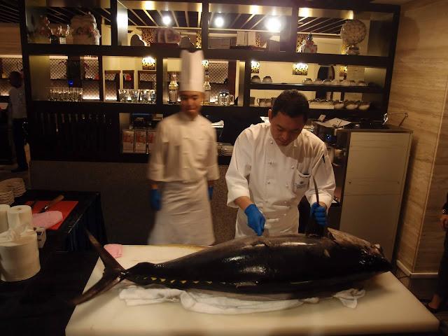 tuna cutting ceremony - 2014