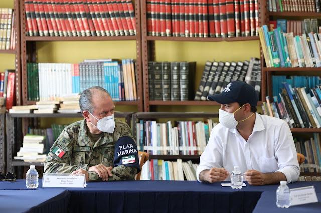 El titular de la Semar  estuvo en Yucatán el 8 de octubre y se reunió con el gobernador Mauricio Vila y Laura Velázquez, coordinadora nacional de Protección Civil. Twitter
