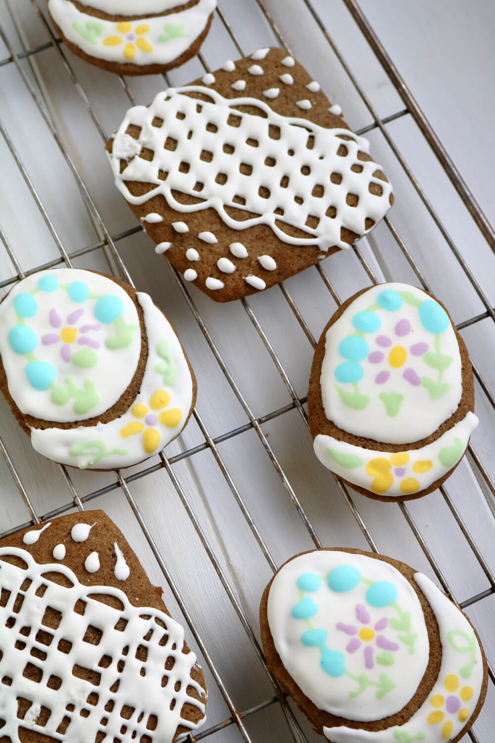 Iced Ginger Biscuits | Bake Off Bake Along | Hungry Little Bear