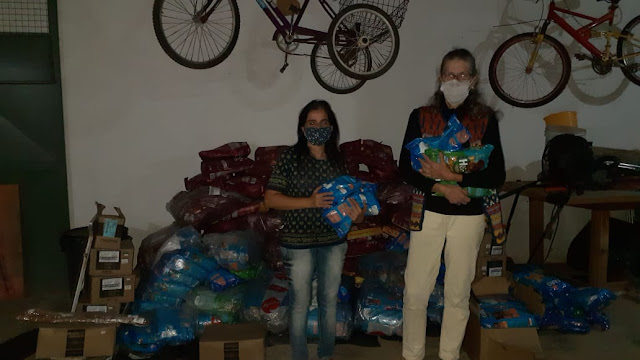 Um tonelada de ração doadas em Petrópolis