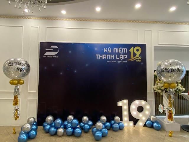 trang trí sinh nhật công ty tại hà nội
